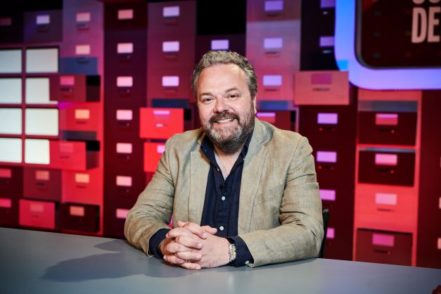 Hal Cruttenden on BRAND NEW 'Complaints Department'. Tune in to Comedy Central tonight at 9pm!